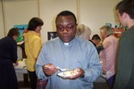 Although Father Rome told me they have cake in Nigeria, this one here was pretty good too - Picture 3652