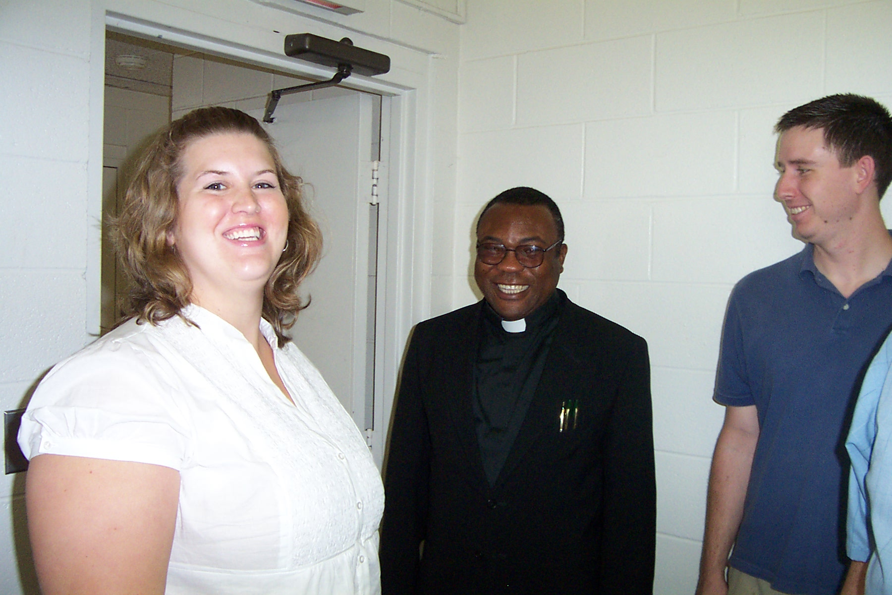 Emily Wills, Fr Rome & Justin Wills - 2008-06-29 028