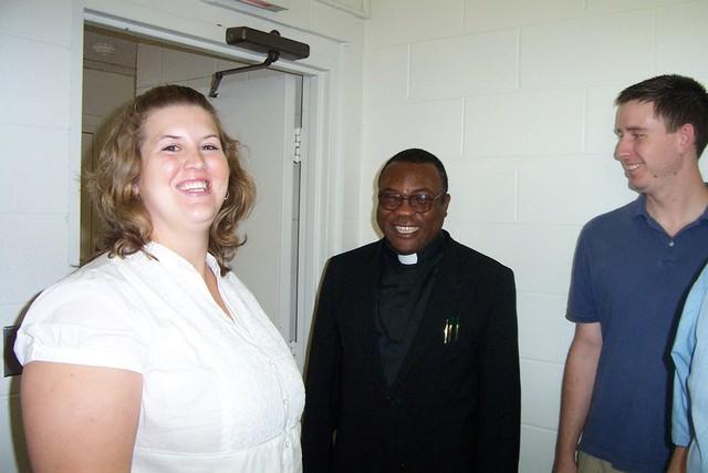 Emily Wills, Fr Rome & Justin Wills - 2008-06-29 028