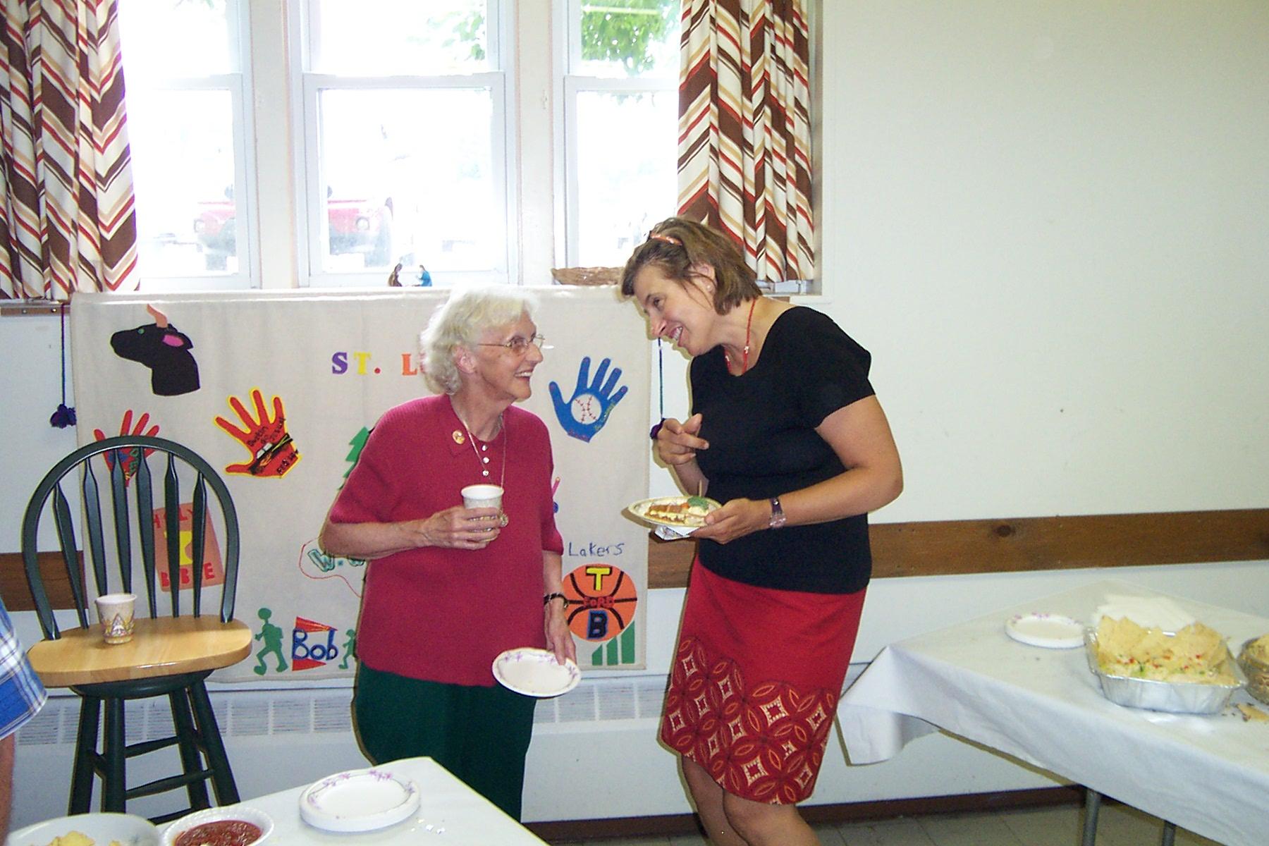 Theresa Raymond & Carol Vallett - 2008-06-29 045