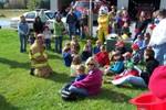 Dean Potter talks to the youngsters encouraging them not to hide if the fireman are looking for them - 2007-10-13 018