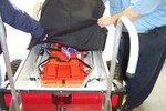There is equipment to immobilize the patient in the cart - 2007-10-13 021