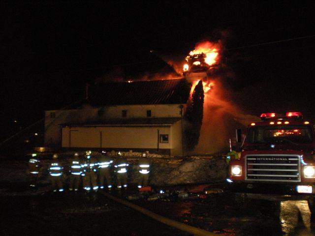 Steeple Market Fire 12-24-2008 015