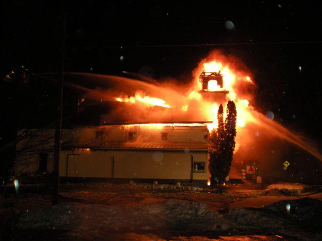 Steeple Market Fire 12-24-2008 023