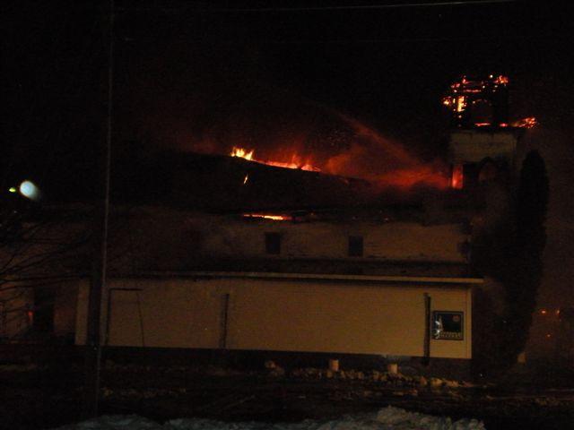 Steeple Market Fire 12-24-2008 024