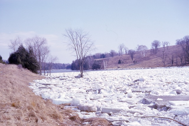 1964 Ice Jam In East Georgia - img006