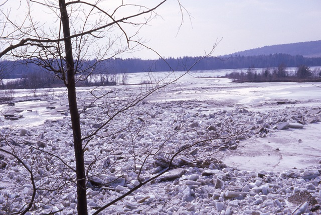 1964 Ice Jam In East Georgia - img013