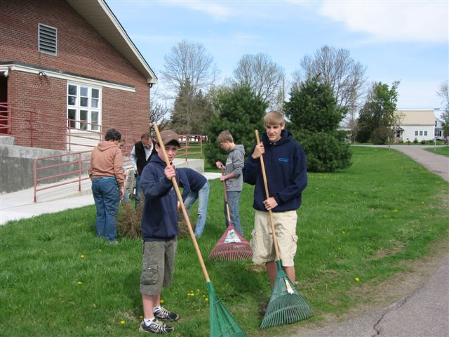 St. Lukes Church cleanup 020