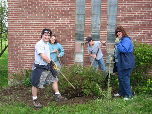 Kyle Racine, Karen Fitzgerald, ?, Faith Cross - St. Lukes Church cleanup 032