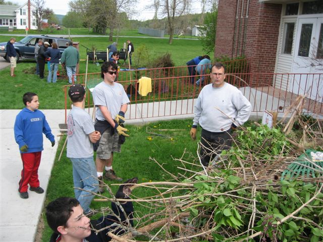 St. Lukes Church cleanup 045