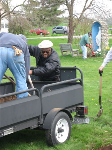 St. Lukes Church cleanup 054