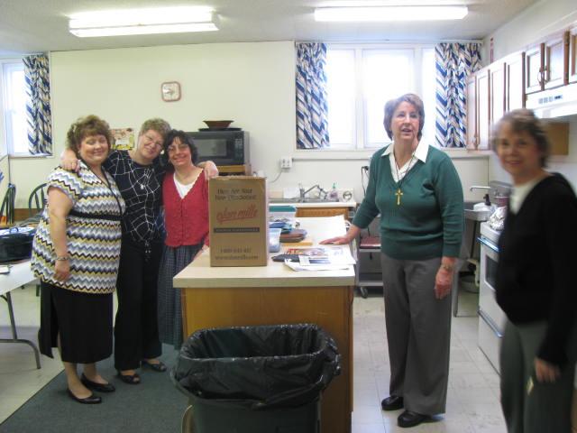 Mary Beth Redding, Van Lantangne, Bridget Morgan, Jeannette Wills and Donna Meunier - IMG 0404